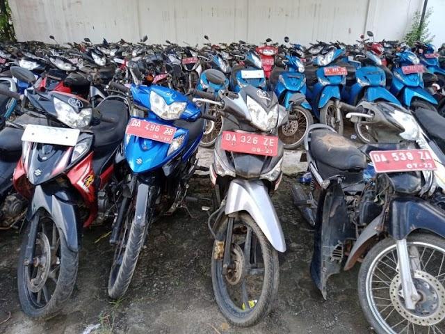 Pemkab Tanbu Lelang Ratusan Motor Secara Online Selama Sehari