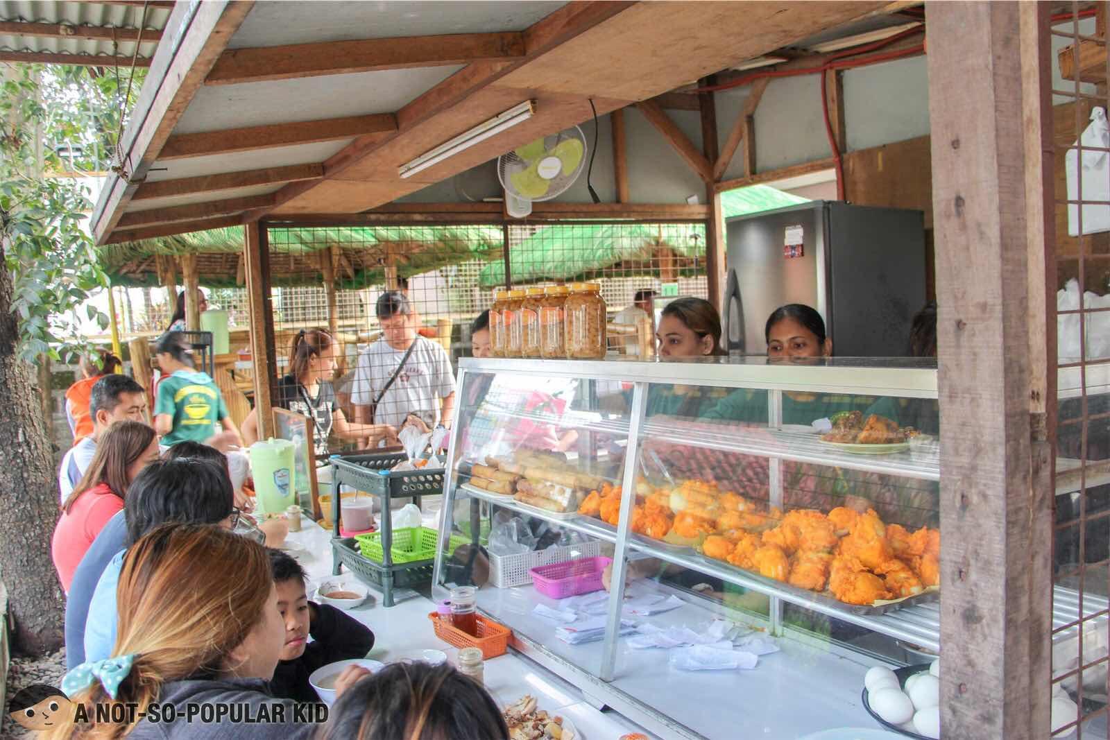 Lugawan ni Ona - Famous Lugawan in Bulacan