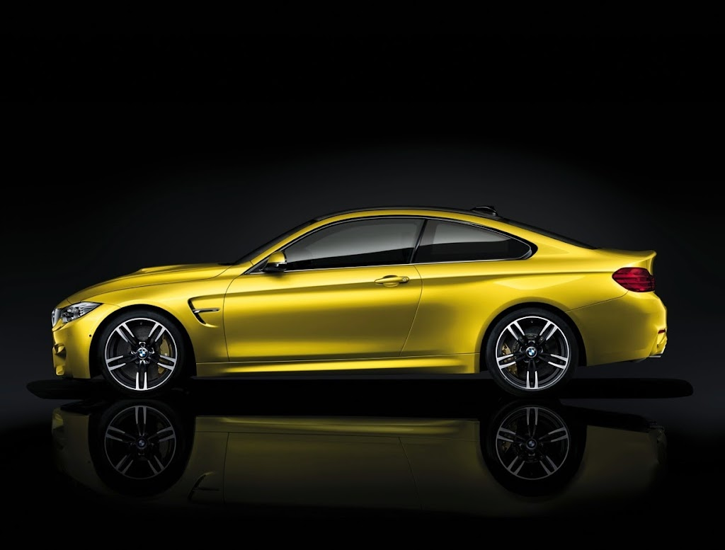 2015 BMW M4 Coupe 37