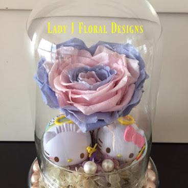 💘[現貨]Pantone雙色心型玫瑰玻璃瓶花禮(20cm)💘