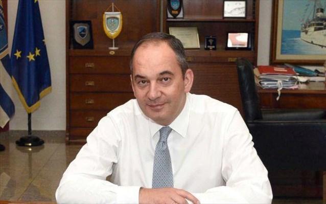 Γ. Πλακιωτάκης: Περίπου 2.500 δεν κατάφεραν να επιβιβαστούν σε πλοία το τριήμερο