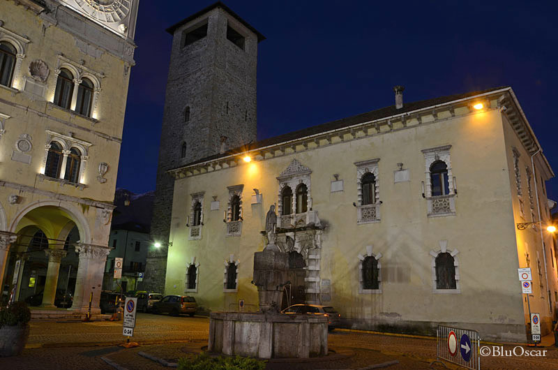 Piazza Duomo Belluno 06 01 2015 N6