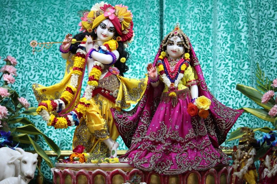 ISKCON Punjabi Bagh Deity Darshan 30 Mar 2016  (1)