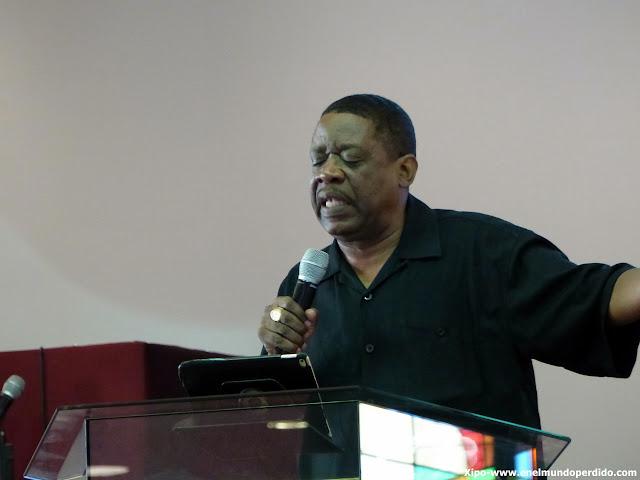 pastor-misa-gospel-harlem-discurso.JPG