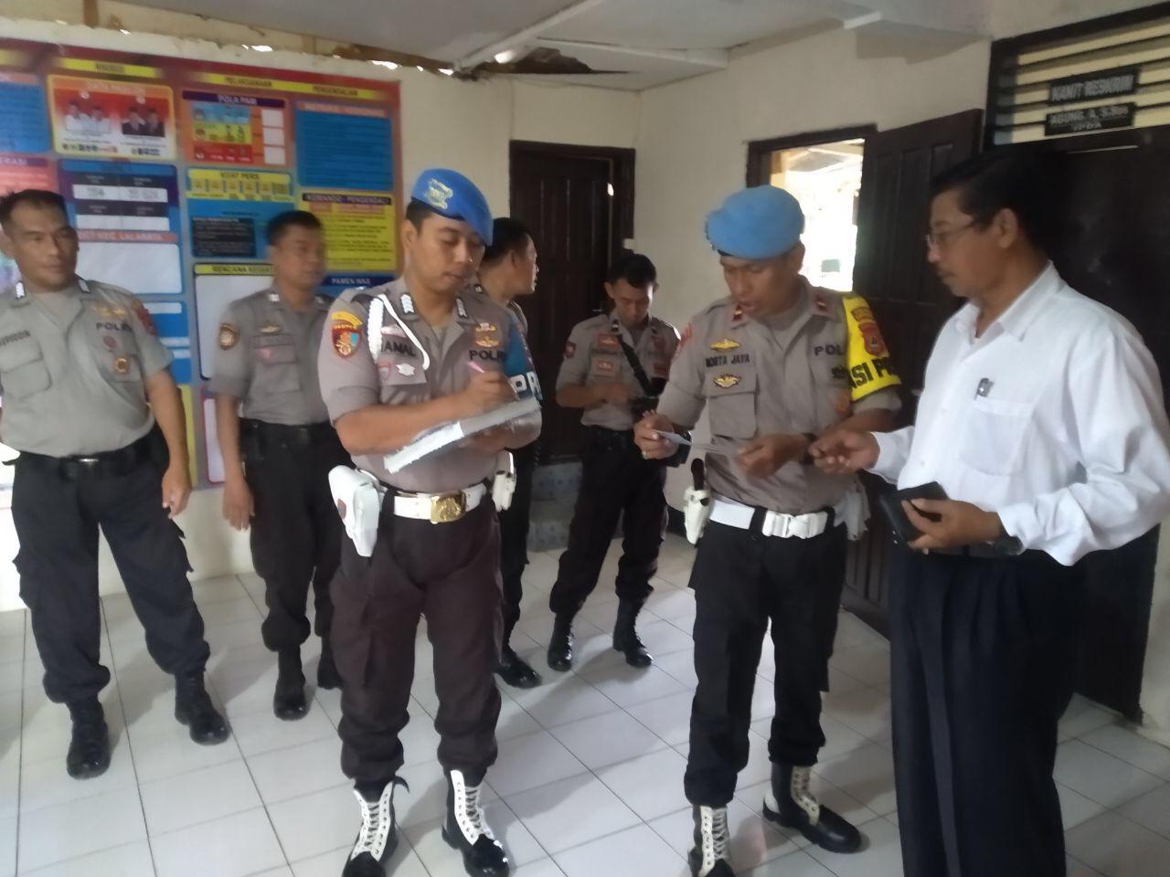 Propam Polres Soppeng Sidak Polsek Jajaran ,Himbau Wujud Anggota Polri yang Promoter