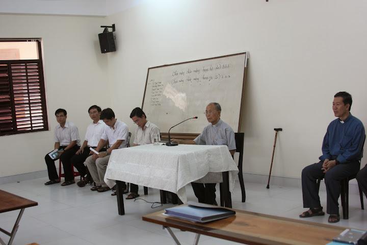 Khóa bồi dưỡng thánh nhạc cho các Chủng Sinh Lâm Bích tại Tòa Giám Mục Nha Trang.