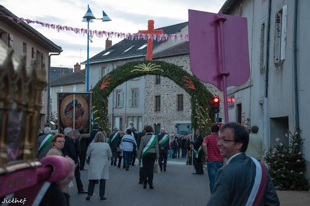 2016-05-07 Ostensions Aixe sur Vienne-161.jpg