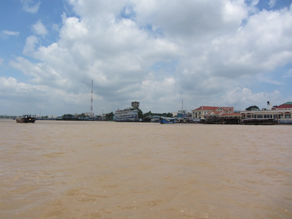 0024A_Day_on_the_Mekong