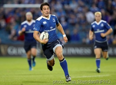 joey-carbery-runs-in-his-and-leinsters-second-try-390x285