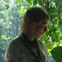 Taborjenje, Lahinja 2005 1. del - Taborjenje05.Nina%2B160.jpg