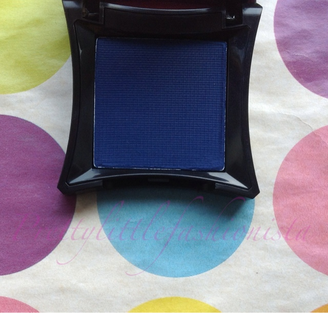 Illamasqua Eyeshadow Never Review