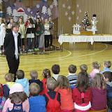 Dlouháčci zpívají dětem z MŠ