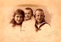 Witkop, Anna Margaretha, Eltjo en Jan 1925.jpg