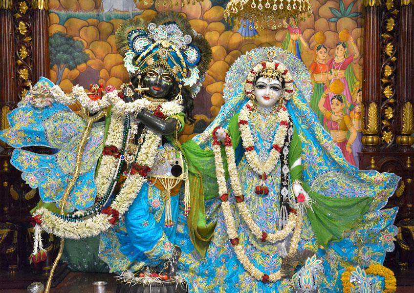 ISKCON Ahmedabad  Deity Darshan 14 June 2016 (1)