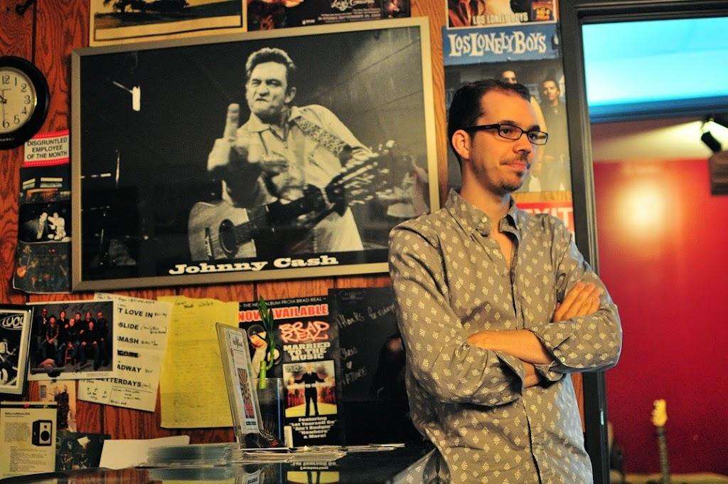 War Radio at Music Garage (1)