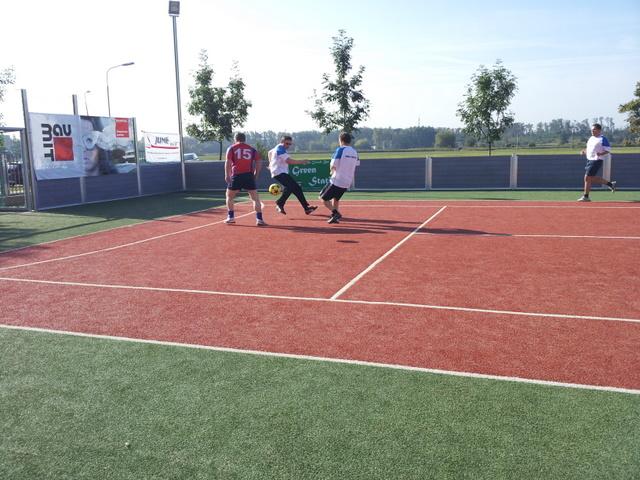 ČSFA - rodinný turnaj 2011 (záver) - 2011-09-24%2B09.54.15.jpg