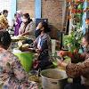 'Ngluwihi Lan Mbagehi' : Cara Unik Warga Jogja Peduli Di Masa Pandemi