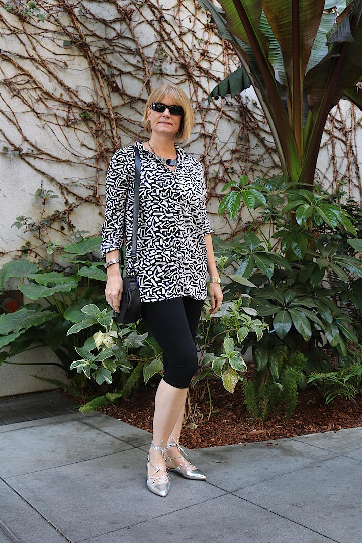 Black White Tunic 1