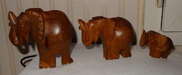 355 01-figurine 3 en bois