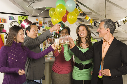 6 Awesome Ways to Surprise Employees on Their Birthday!