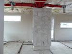 Der gemauerte Block zwischen Küche und Wohnzimmer