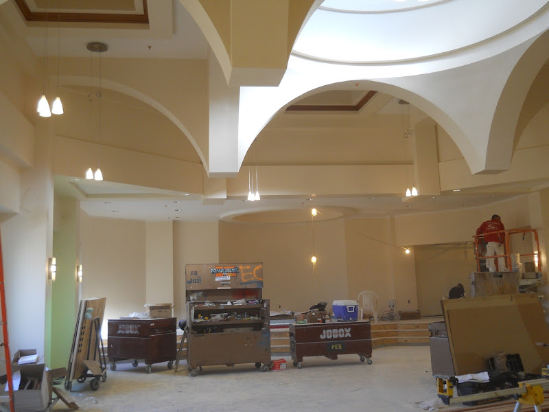 Lights and moulding installation