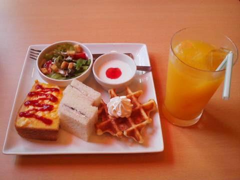 モーニング¥350 アイ・カフェ珈琲館