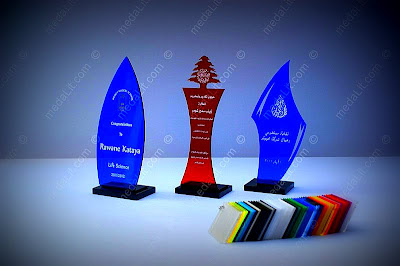 Tr900 series. The Economy Class Series. Budget acrylic trophies. Available in 3 sizes and in several colors.