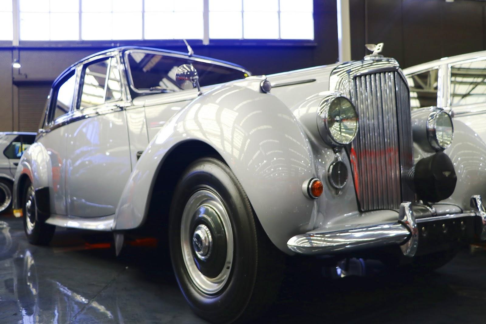 1953 Bentley R-Type (08).jpg