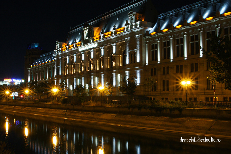 Bucuresti Bucharest noapte Justice Palace arhitectura