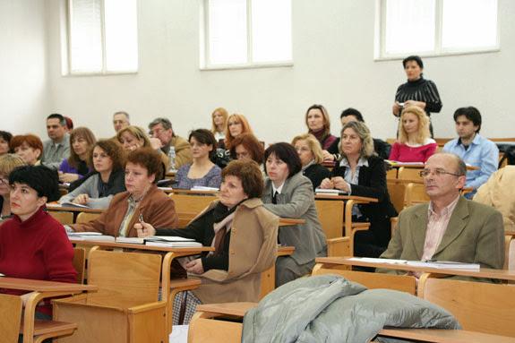 16.03.2010. Obuka iz racunovodstva za Poresku upravu Srbije - img_1128.jpg