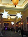 Dubai,fiesta,presentacion, esferas de suelo, conos,llama,estrella,flor de loto.jpg
