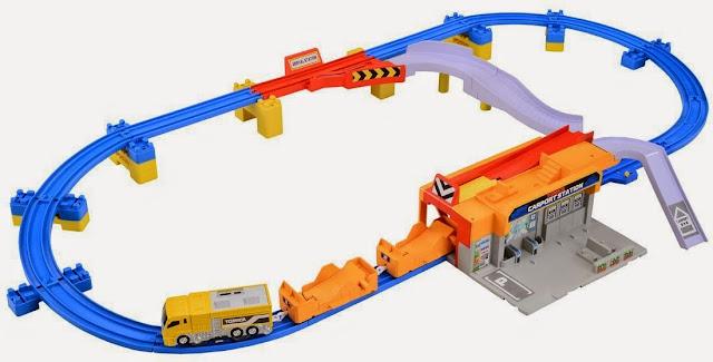 Mô hình Trạm vận chuyển ô tô Tomica Auto Car Port
