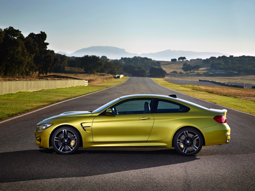 2015 BMW M4 Coupe 22