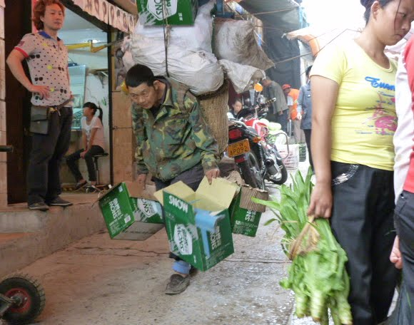 CHINE.SICHUAN.LEI BO,petite ville , escale pour aller à XI CHANG - 1sichuan%2B620.JPG
