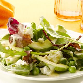 Salade Van Jonge Bladsla, Erwtjes En Zachte Geitenkaas