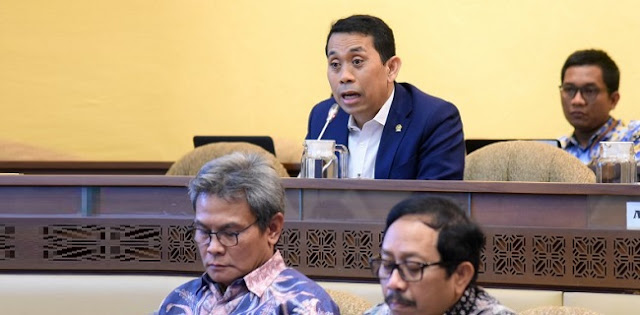 Anggaran Covid-19 Lebih Kecil Dari Malaysia, DPR: Penduduk Kita Lebih Besar Loh