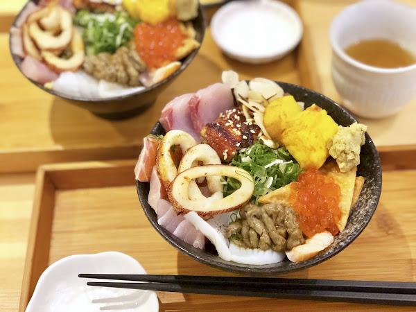 壽司爸 Sushi Bar 生魚片丼飯料多豐富開門等於客滿要吃就要排