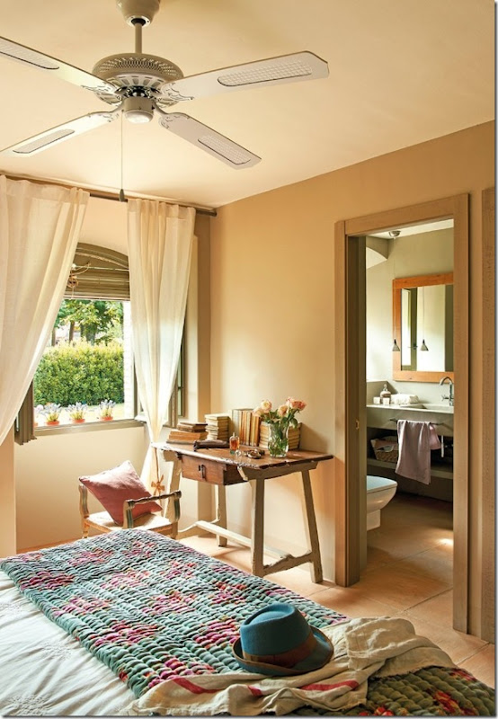 Rilassante casa in campagna da un ex fienile case e for Immagini interni case di campagna