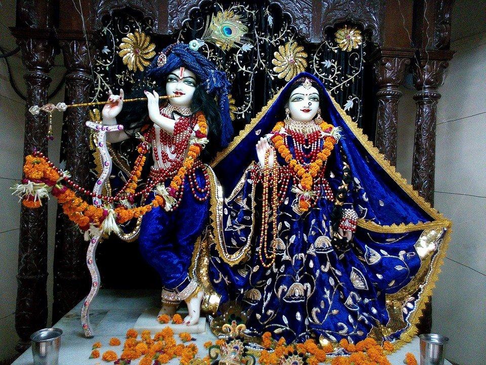 ISKCON Rajkot Deity Darshan 11 May 2016 (1)
