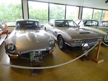 2018.07.02-153 Jaguar Type E V12 1971 et Aston Martin DBS 1971
