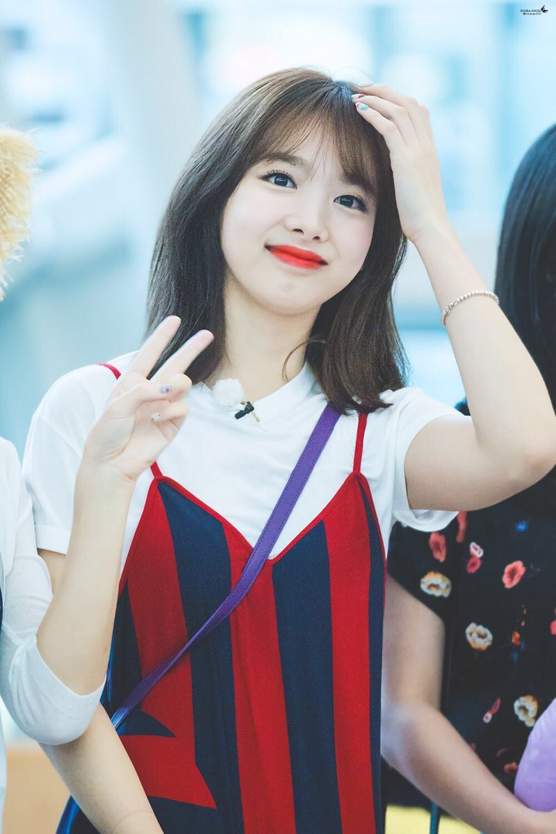 august 2018 brand rep female idol 1