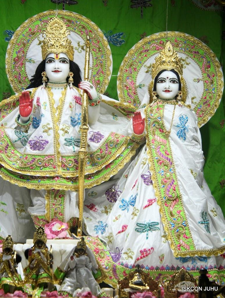 ISKCON Juhu Mangal Deity Darshan on 01st May 2016 (2)