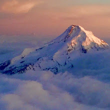 Photo: Mount Hood on approach to Portland this evening. #BestofOregon #BofO1k