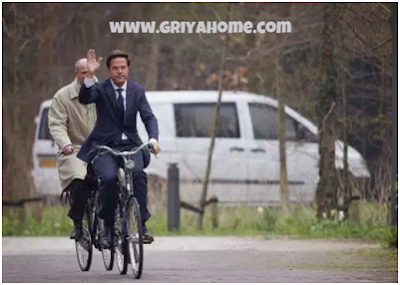 Bersepeda sambil olahraga