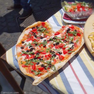 CarouLLou.com Carou LLou in Rome Italy heart pizza campo fiori+