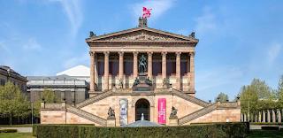 Ce temple grec, c'est l'alte Nationalgalerie