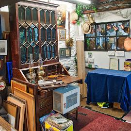 Vintage shop by Daniel Markiewicz - City,  Street & Park  Markets & Shops ( shop, old, vintage, town, antiques )