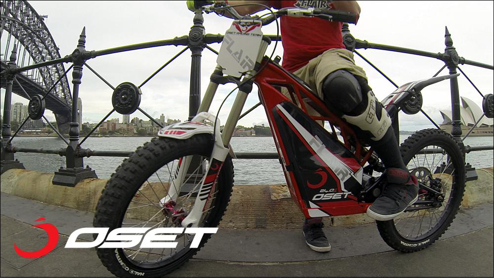 OSET_jack_field_sydney_loc_04_promenade_stunts_05e.jpg