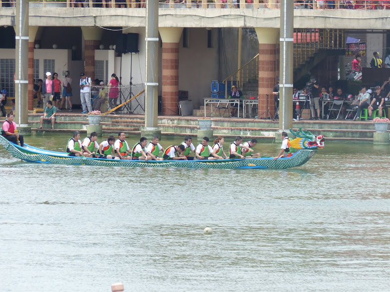 Dragon boat festival à Longtan ( Taoyuan) - dragonboat%2B045.JPG